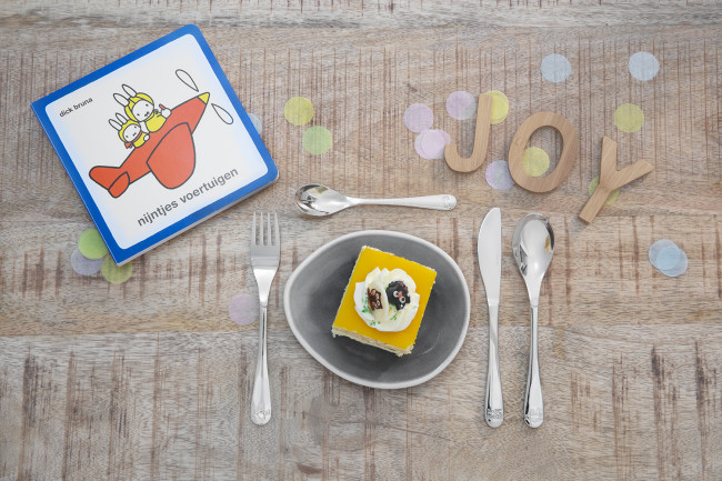 Kinderbesteck 4tlg Miffy Fahrzeuge + Buch